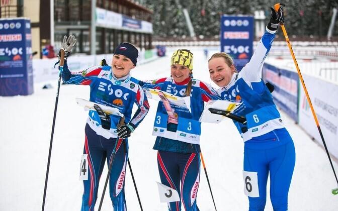 Daisy Kudre (far right).