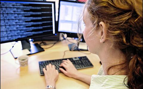 Kui tüdrukul on arvutitunnis igav või ta tunneb, et pole poistega võrreldes piisavalt hea, kaotab ta kergemini IT vastu huvi.