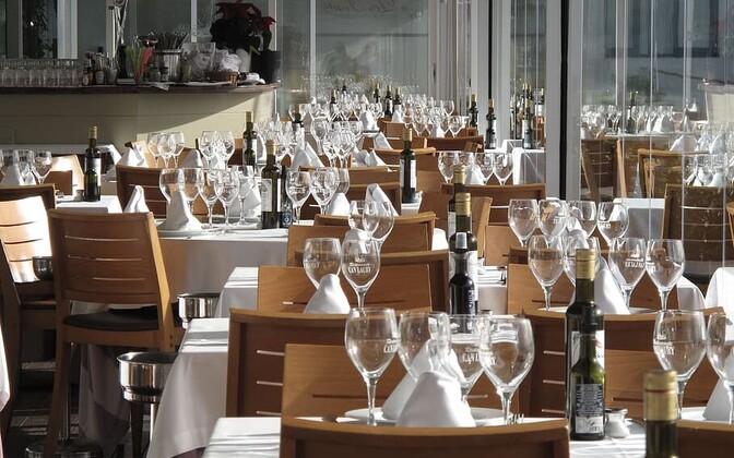 Empty restaurant (picture is illustrative).