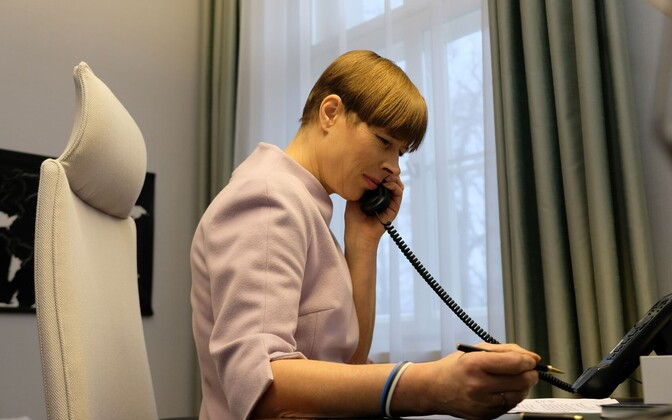 President Kersti Kaljulaid speaking with Russian President Vladimir Putin on the telephone on March 16.