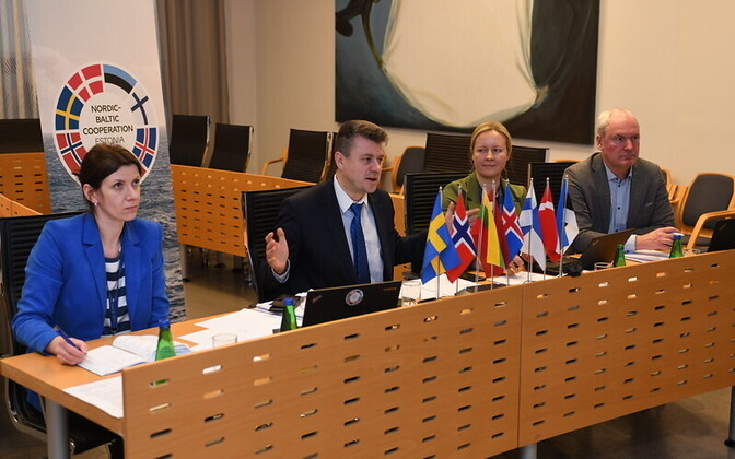 Urmas Reinsalu and the Estonian contingent from the Ministry of Foreign Affairs at Monday evening's NB8 video conference.