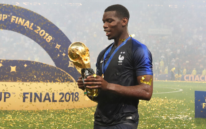 Paul Pogba jalgpalli MM-trofeega