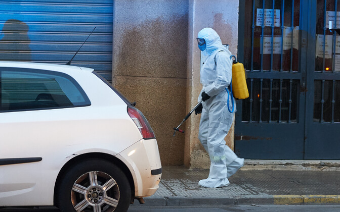 Tänavate puhastamine koroonaviirusest Villarrealis.