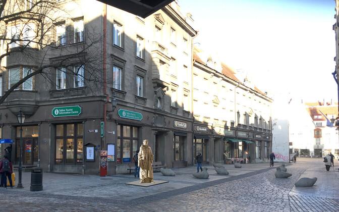Jaan Krossi mälestusmärgi võidutöö.