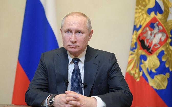 Venemaa president Vladimir Putin 25. märtsil telepöördumist tegemas.