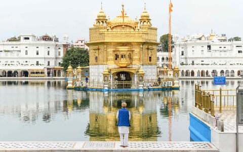 Kuldtempel, Sikhide usukeskus Amritsaris Pandžabi osariigis Indias pärast 21-päevase liikumiskeelu kehtestamist riigis.