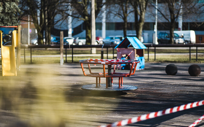 Playgrounds in Tartu were closed on March 24.