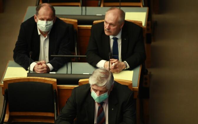 Eriolukord riigikogus.