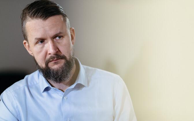 По мнению Свена Саккова, пандемия скажется на развитии сил обороны всех стран НАТО.