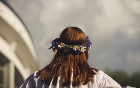 Naise positsioon lauliku ja loojana ning ühiskonnas üldiselt on eesti pärimust vaadates alati tugev olnud, ütlevad folkloristid.