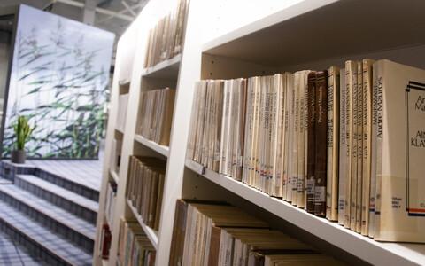 On aeg avada vanad raamatud. (Pildil Viimsi uus raamatukogu).
