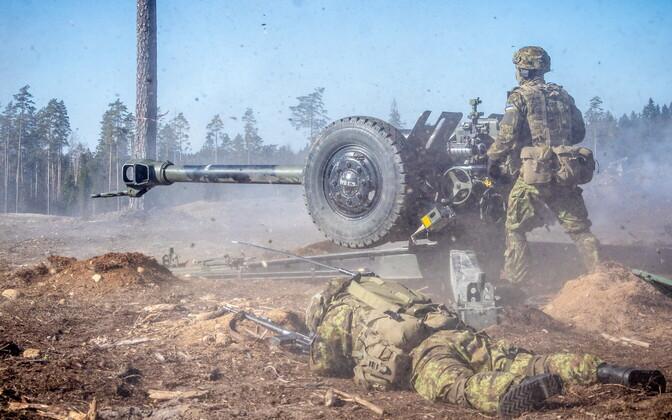 Тактические стрельбы батальона артиллерии 1-й пехотной бригады.