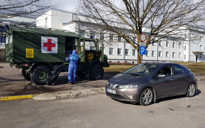 Carside coronavirus testing at Kuressaare Hospital.