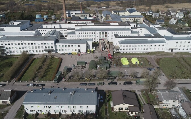 Kuressaare Hospital with the Defense Force's field hospital and coronavirus testing tents outside.