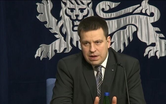 Prime Minister Jüri Ratas speaking at a press conference.