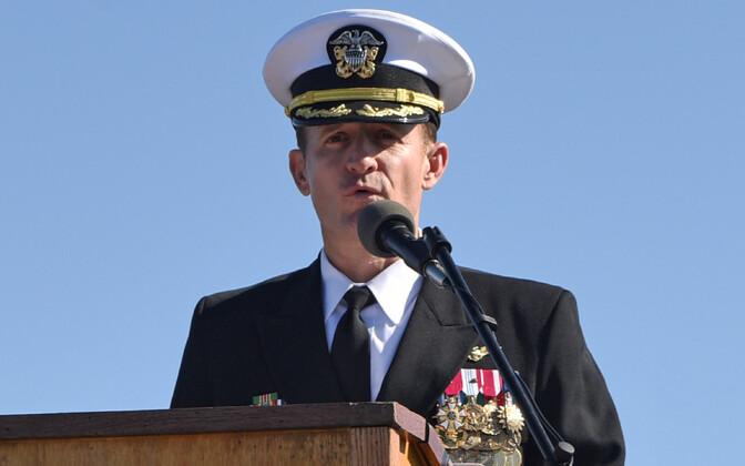 USA lennukikandja USS Theodore Roosevelti (nüüdseks juba endine) kapten Brett Crozier.
