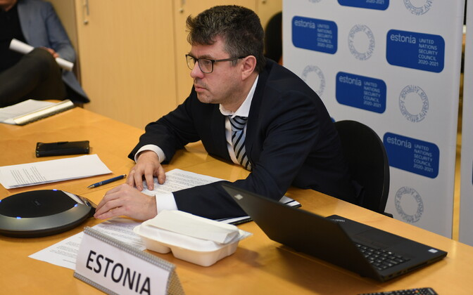 Minister of Foreign Affairs Urmas Reinsalu (Isamaa) participating in a video conference call with fellow EU foreign ministers. April 3, 2020.