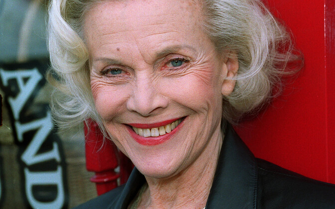 Honor Blackman (1925-2020).
