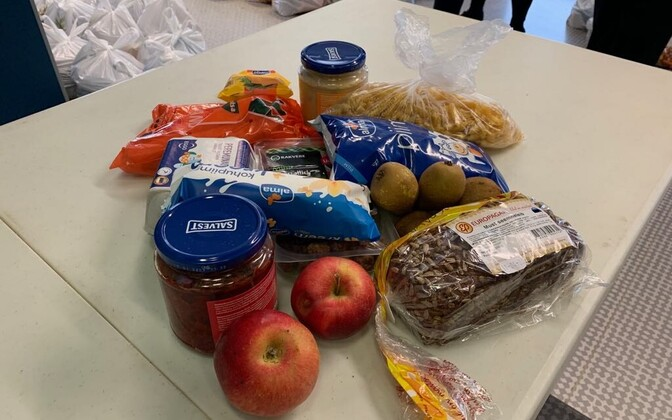 Tallinn's school lunch packs.