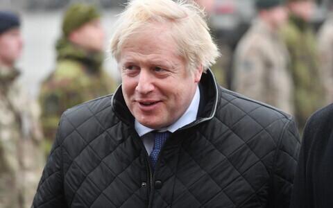 Борис Джонсон в Тапа во время своего визита в Эстонию в декабре 2019 года.