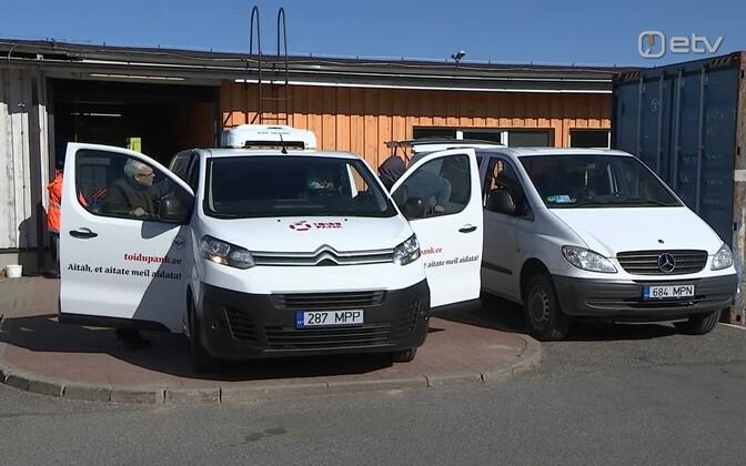 Toidupank's new vans.