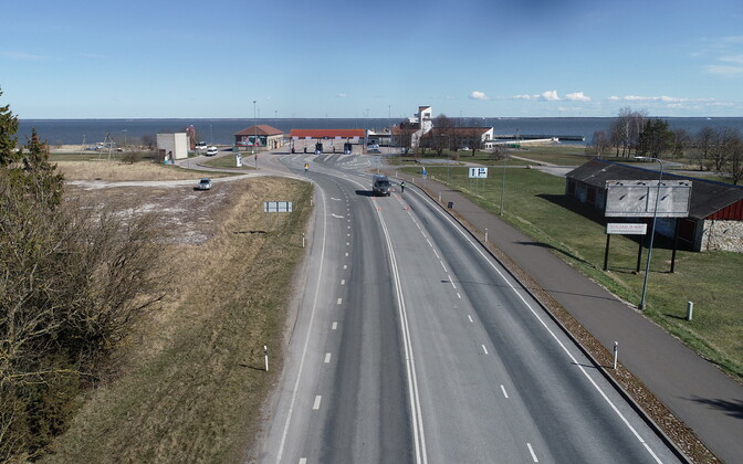 Approach to Kuivaastu harbor on Muhu, the main arrival and departure point for it and Saaremaa, nowadays virtually deserted due to travel restrictions to the islands.