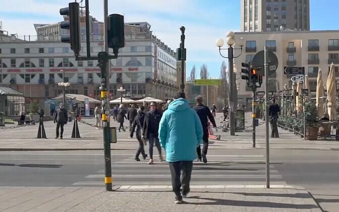 Inimesed Stockholmi tänavatel.