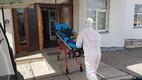 Пациентов с коронавирусом отвозят из Курессааре на материк.
