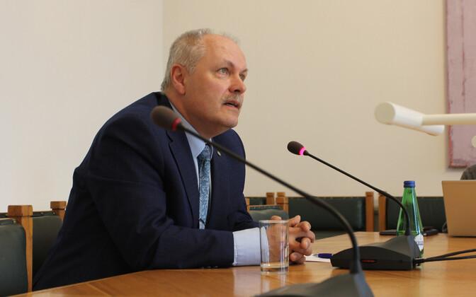 President of the Riigikogu Henn Põlluaas (EKRE).