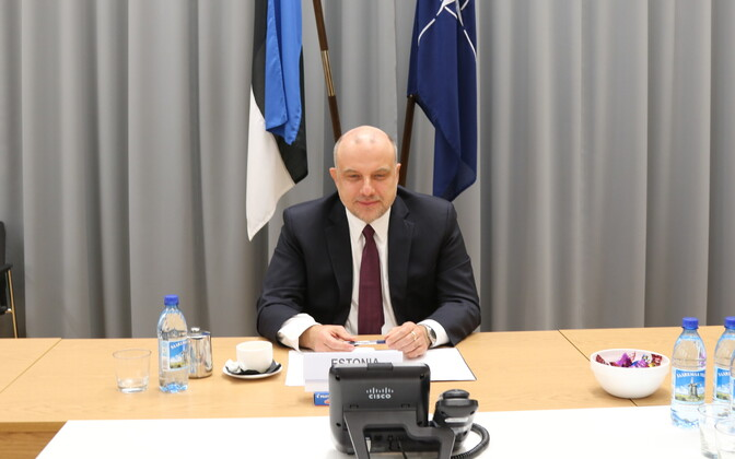Minister of Defense Jüri Luik (Isamaa) participating in a video conference of NATO defense ministers. April 15, 2020.