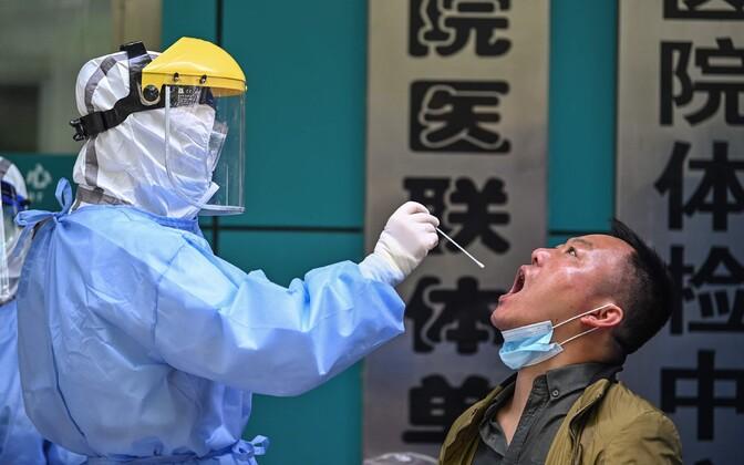 Koroonaviiruse testimine Wuhanis.
