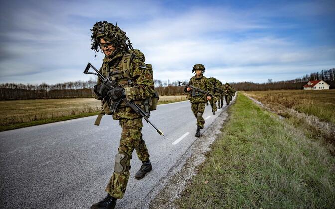 Большинство солдат срочной службы будут зачислены в резерв к 15 мая