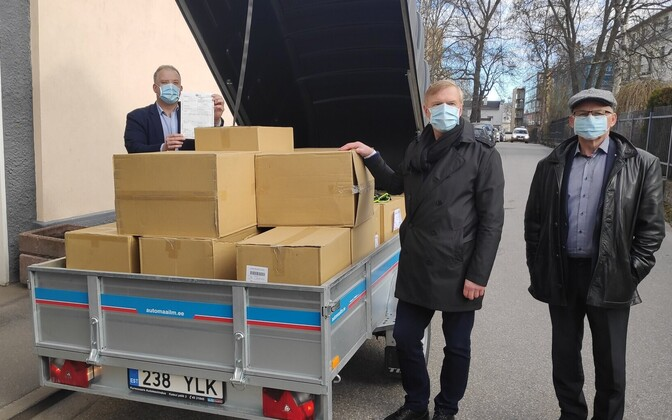 80,000 masks arriving from Taiwan.