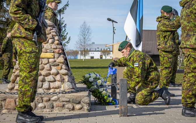 Veterans' day ceremony at Tapa on Thursday.