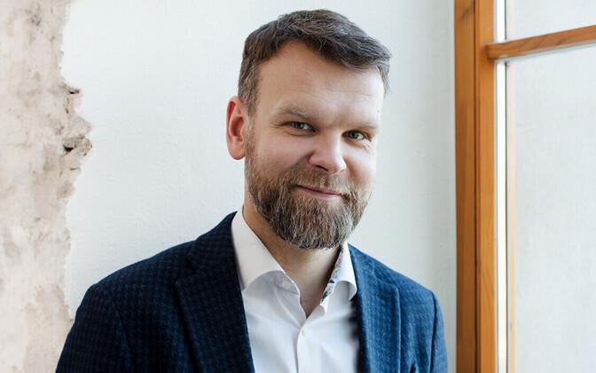 Герт Йостов.