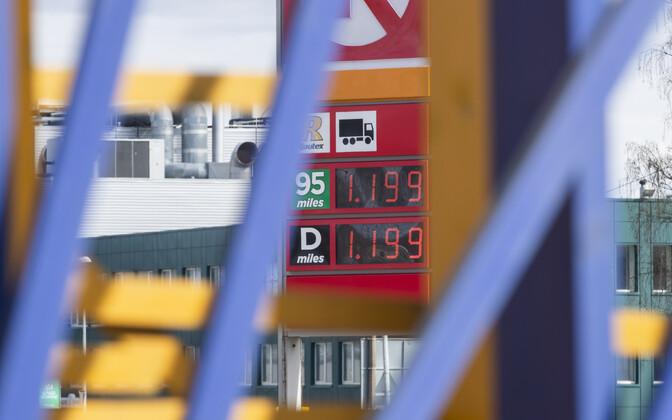Mootorikütuste hinnad 24. aprillil Tallinnas