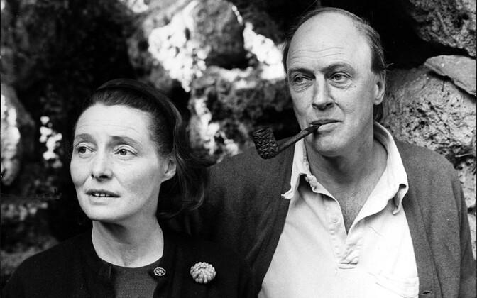 Roald Dahl ja ta abikaasa Patricia Neal
