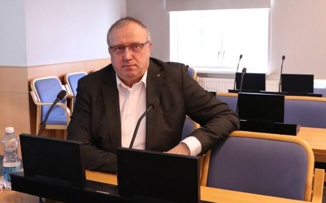 Март Каллас в Таллиннском горсобрании.