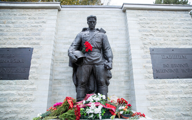 The Bronze Solider monument after renovation.