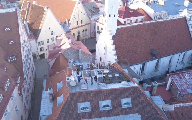 +372 ülekanne tuuakse vaatajateni Tallinna vanalinna katuselt