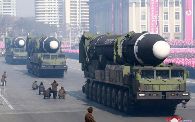 Põhja-Korea näitas oma uut ballistilist raketii Hwasong-15 2018. aasta 8. veebruaril peetud paraadil.