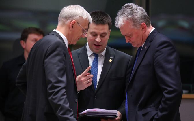 Läti peaminister Krišjanis Karinš, Eesti valitsusjuht Jüri Ratas ja Leedu president Gitanas Nauseda Euroopa Ülemkogul veebruaris, kus MFF-i läbirääkimised nurjusid.