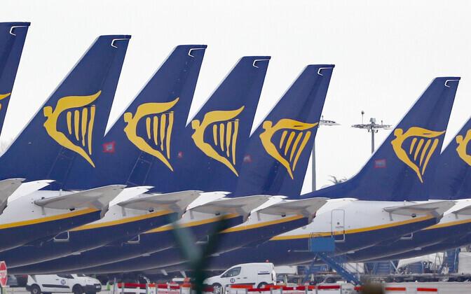 Самолеты Ryanair в аэропорту Дублина.