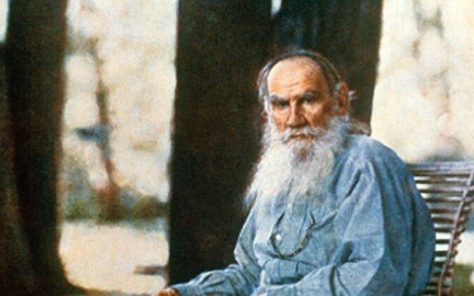 Lev Tolstoi Venemaa esimesel värvifotol 1908.