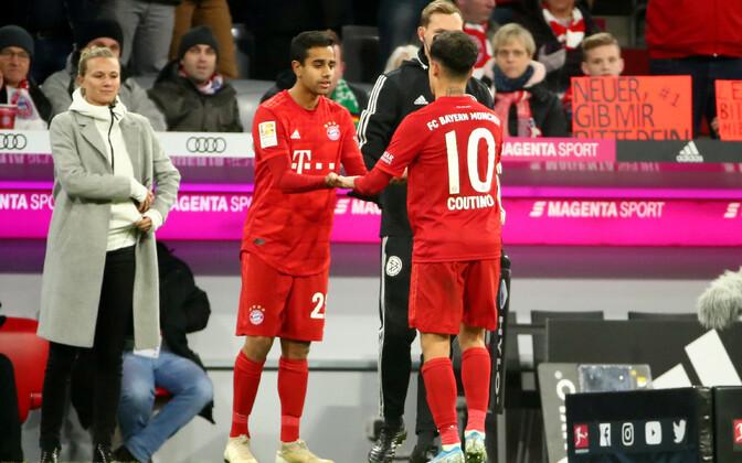Sarpreet Singh ja Philippe Coutinho (Müncheni Bayern)