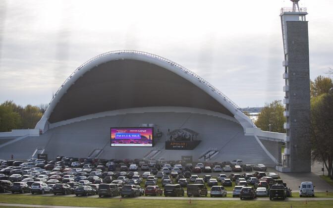Lauluväljakul on koroonakriisi ajal toimunud ka autokino seanss.