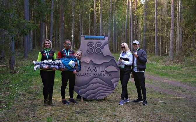 Perekond Vana Tartu maastikumaratoni virtuaaljooksul