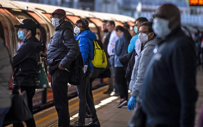 Londoni metroo koroonapandeemia ajal.