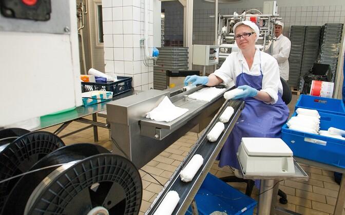Tootmisliin Tere piimatööstuses.