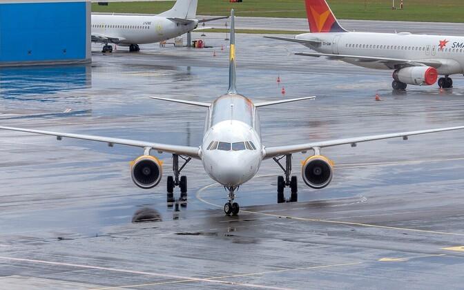 Lennukid Tallinna lennuväljal